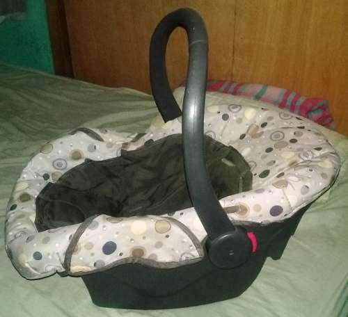 Porta bebé unisex usado (leer la descripción)