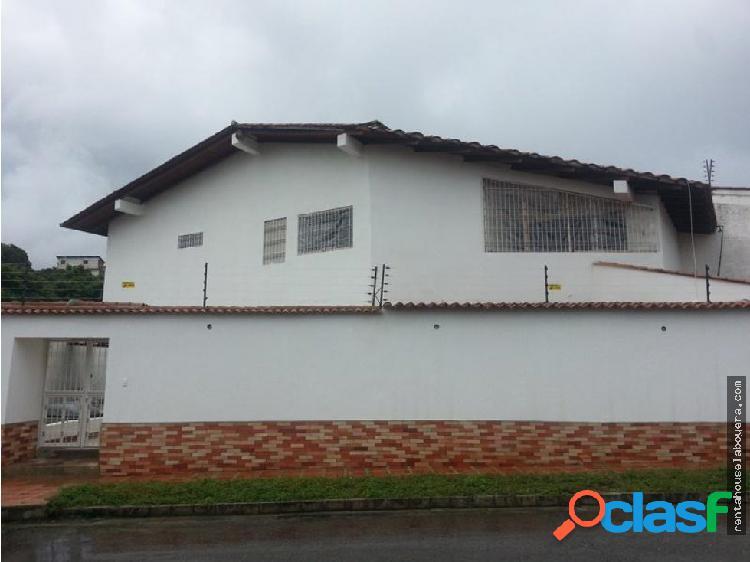 Casa en Venta Macaracuay JF5 MLS19-5510