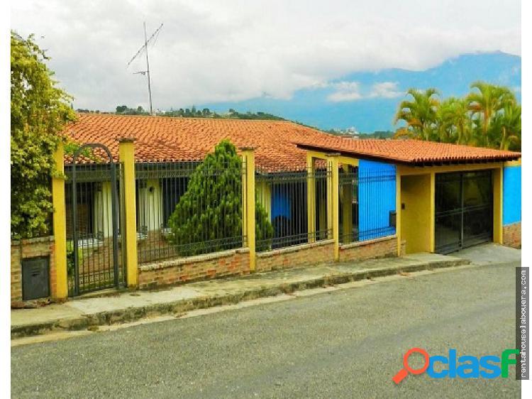 Casa en Venta Prados del Este MP3 MLS19-16346