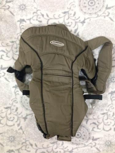 Canguro portabebe ergonomico infantino