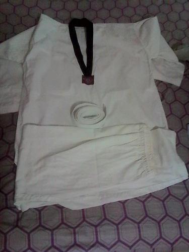 Kimono taekwondo talla 2 xl usado como nuevo