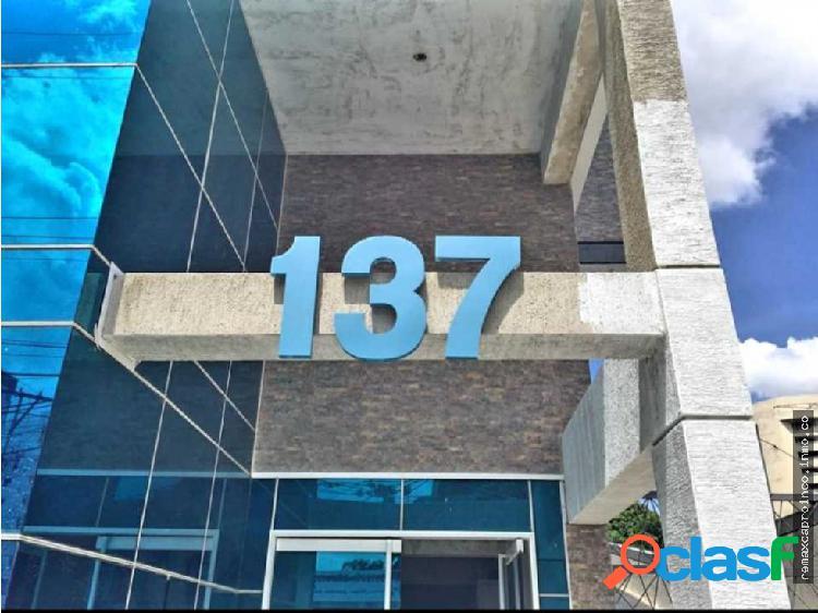 Alquiler local comercial 627m2, av 137 valencia.