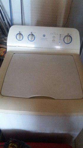 Combo lavadora gelectric + nevera luferca