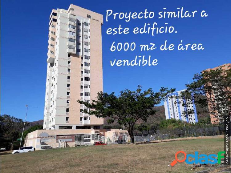 Parcela Multifamiliar, 1200 m2, Urb la Trigaleña.