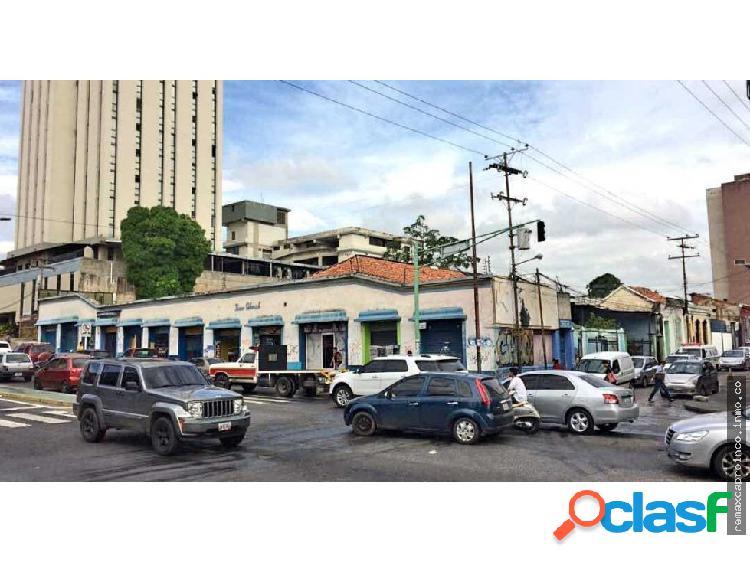 13 locales comerciales + 1200 m2 casas.av Cedeño