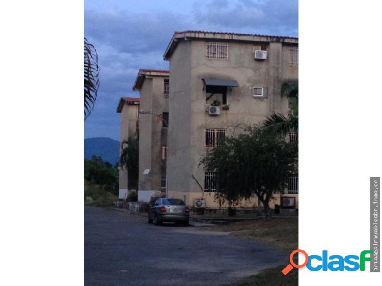 Apartamento en naguanagua carialinda, el piñal