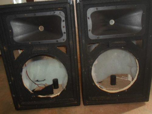CAJAS SOUND BARRIER PARA MONITORES 12 PULGADAS,CON CROSSOVER, usado segunda mano  José Félix Rivas (Aragua)