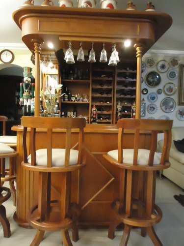 Expectacular bar madera caoba + sillas de cuero luz y espejo