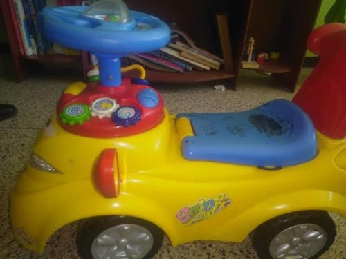 Hermoso carrito para bebes de un año en adelante