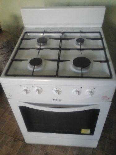 Cocina a gas 4 hornillas con horno