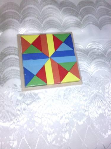 Juego didactico tangram en madera 16x16 de alto nuevo