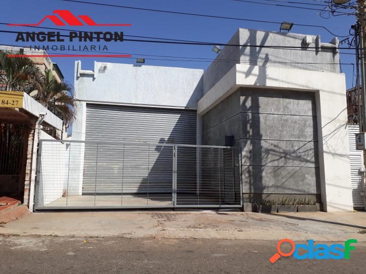 Casa comercial en venta av las delicias maracaibo api 1260