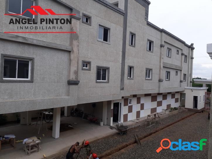 Apartamento en venta en calle vargas ciudad ojeda api 2583