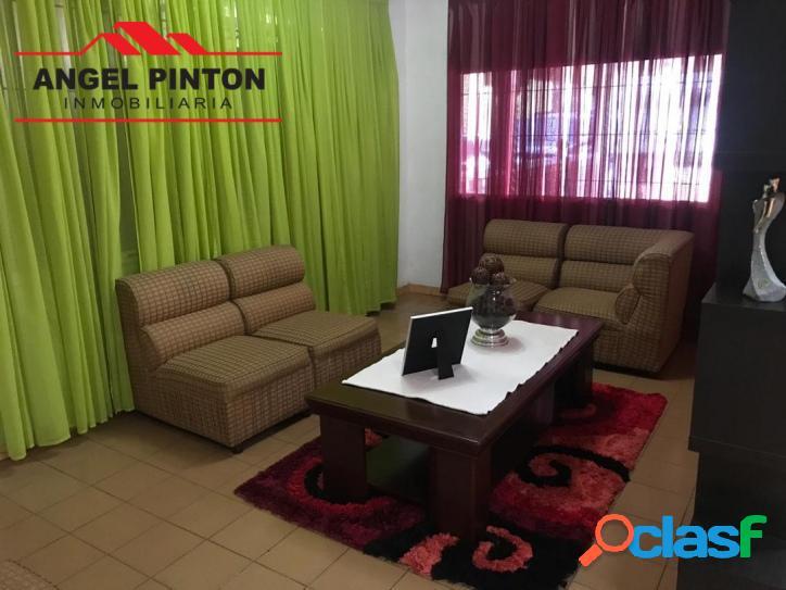 Casa en venta av rotaria barquisimeto api 2511