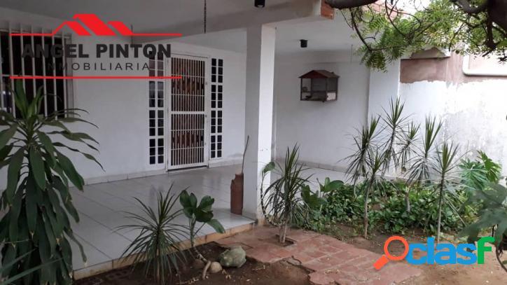 Casa venta la rotaria maracaibo api 3764