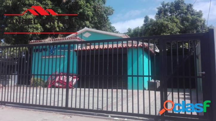 Casa comercial alquiler avenida goajira maracaibo api 3935