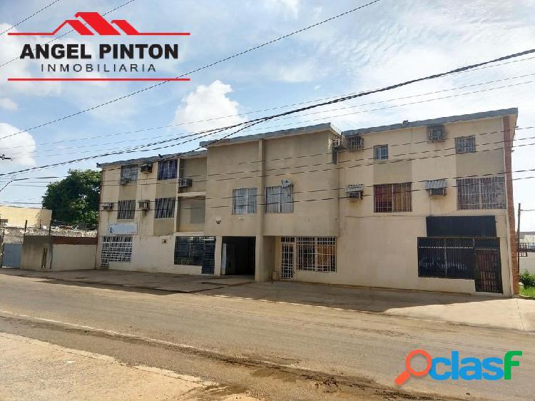 Edificio venta calle 72 sector paraiso maracaibo api 4918