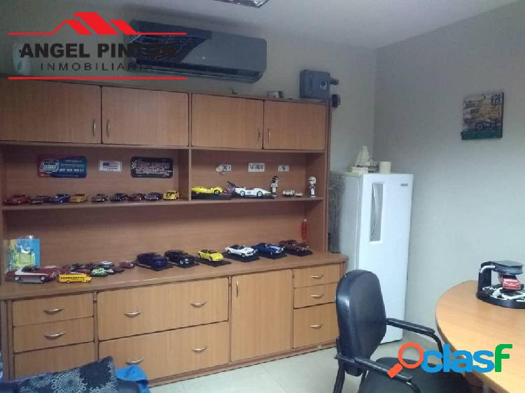 Local comercial venta av las delicias maracaibo api 4905