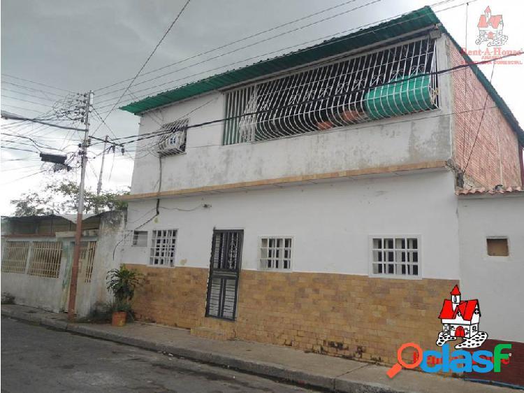 Casa venta urb la coromoto maracay puo #20-5804