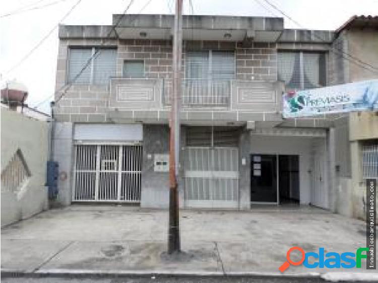Comercial en alquiler centro de bqto jm 20-321