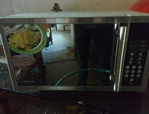 Microondas frigilux 23 litros ó 0,90 pies. valencia.