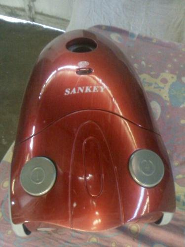Aspiradora sankey de1400w usadaen perfectas condiciones