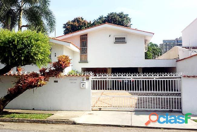 Yamily Ochoa Vende Casa Zona Cerrada Urb. La Viña   YCS1