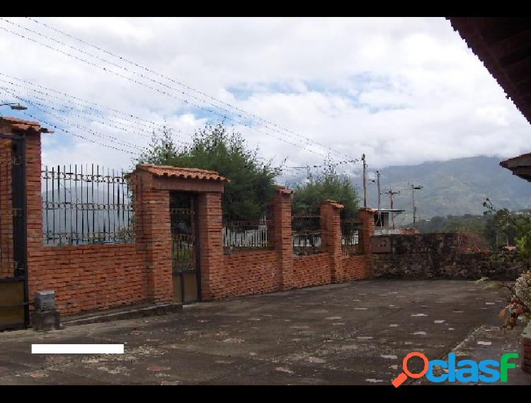 Se vende Casa Via Bocono RAH: 20-805