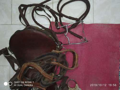 Silla de caballo de coleo villacurana y tipo americana