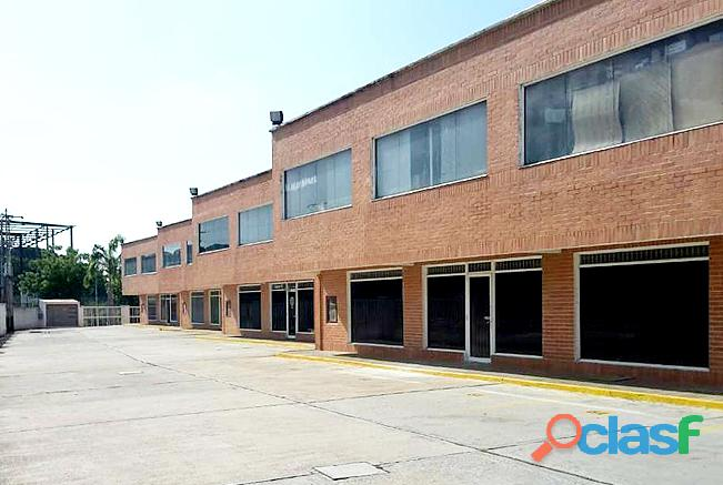 Yamily Ochoa Alquila Locales Sector Industrial Castillete   YLO2