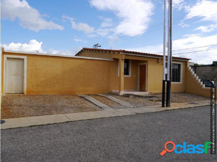 Casa en venta en cabudare la piedad 20-2829 al