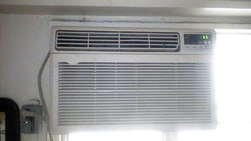 Aire acondicionado lg 12 mil btu con control corriente 110 v