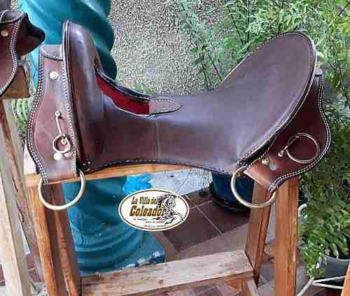 Silla de montar caballo vaqueria trabajo apero