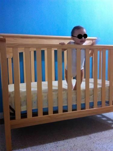Cama cuna convertible para bebe graco color madera natural