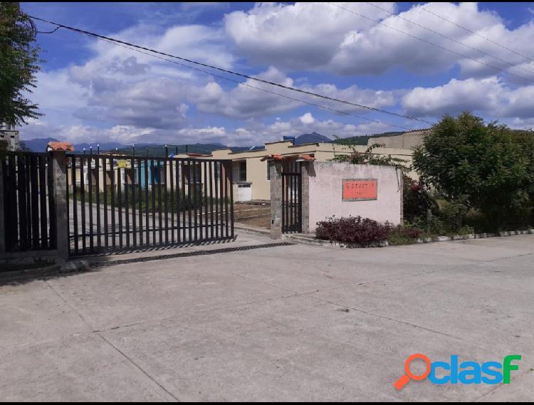 Se vende casa nueva valera rah: 19-11051