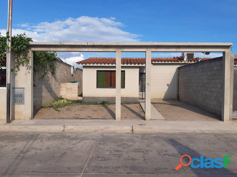 Casa en venta en villa del centro, san joaquín, carabobo, enmetros2, 20 50002 asb