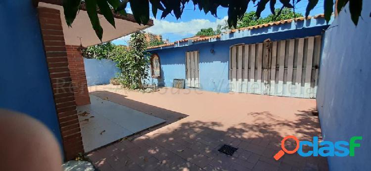 Se vende casa centro rah: 20-7248