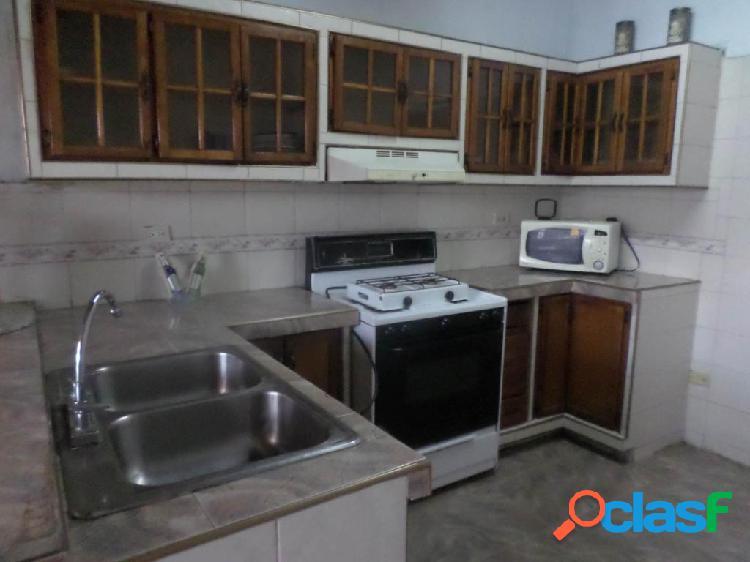 Se vende casa centro rah: 20-6127