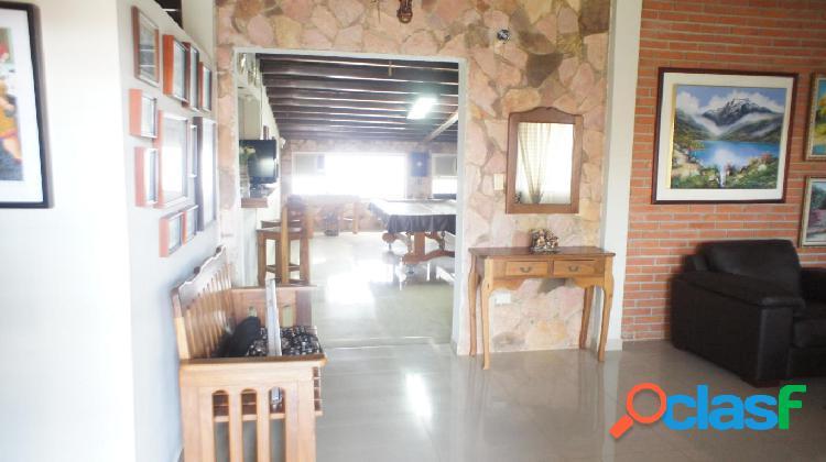 Se vende casa la ribereña rah: 20-6005