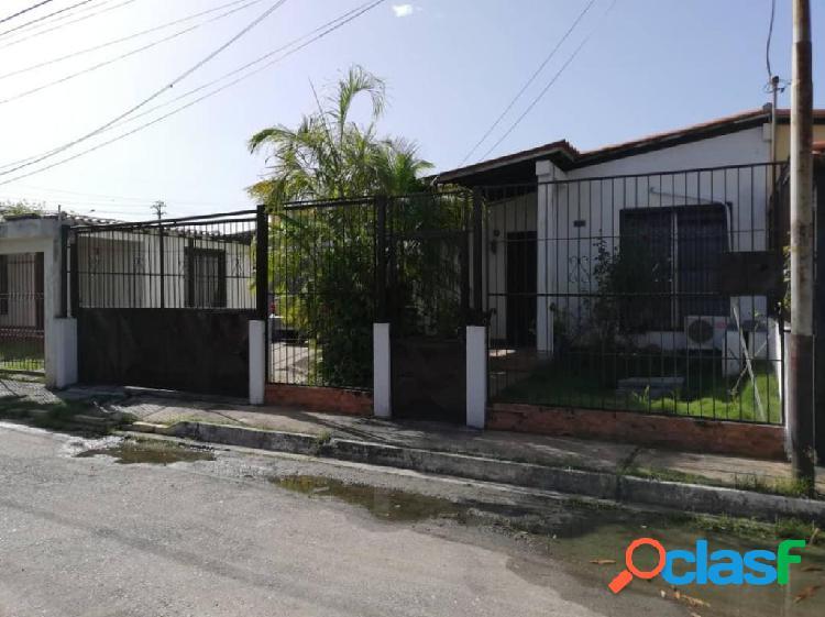 Se vende casa valle hondo rah: 20-2875