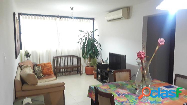 Se vende apartamento centro rah: 20-1905