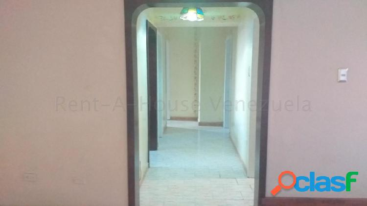 Se vende apartamento centro rah: 20-8062
