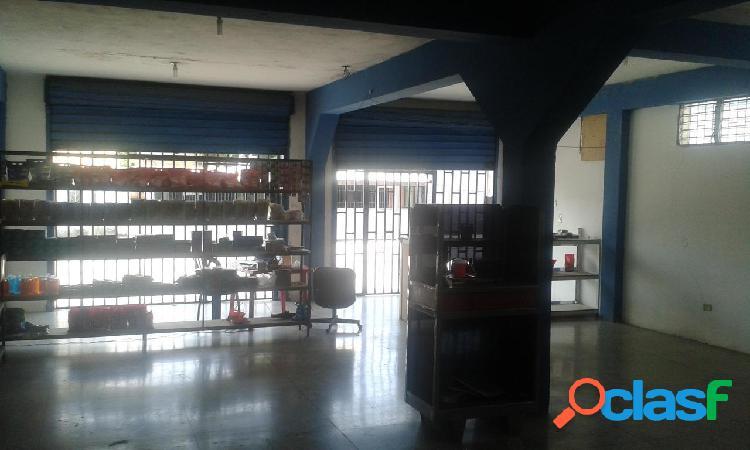 Se vende local municipio peña rah: 20-7562