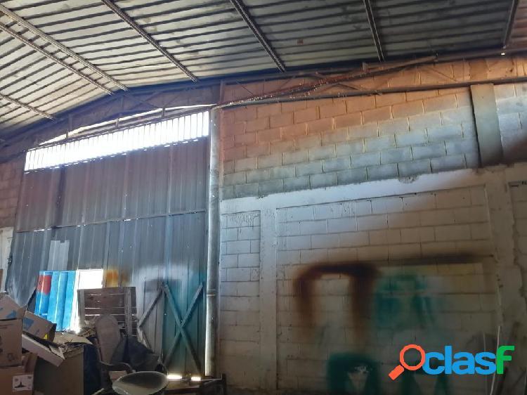 Se vende galpon industrial la mata rah: 20-2755