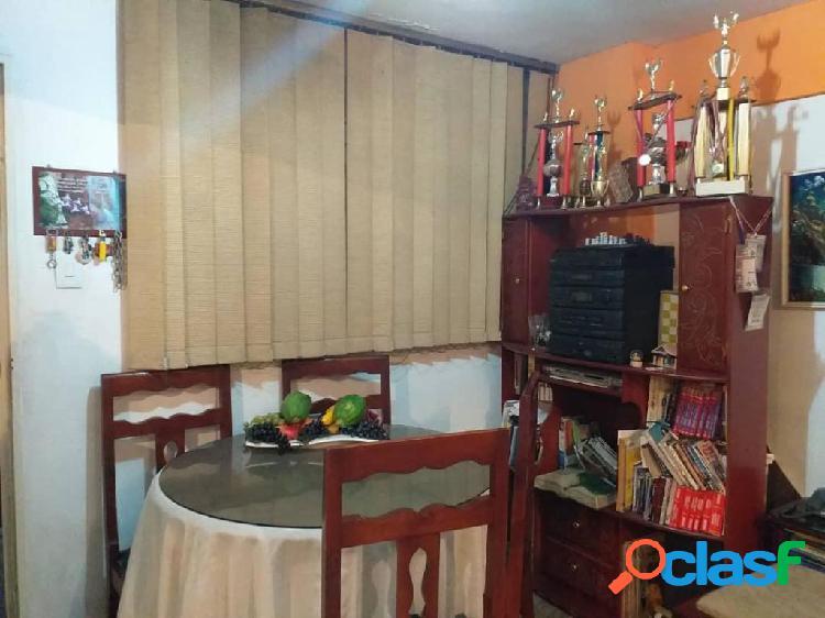 Se vende apartamento centro rah: 20-2113