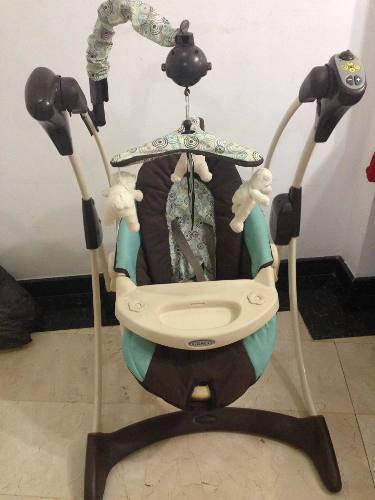 Mecedora y silla de carro para bebes. silla de comer vendid