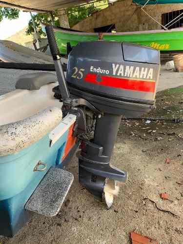 Motor yamaha 25 hp fuera de borda 2 tiempos