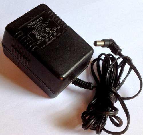 Adaptador ac p/ teclados roland 9vdc 500ma original