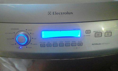 Lavadora electrolux 12 kilos en excelente estado