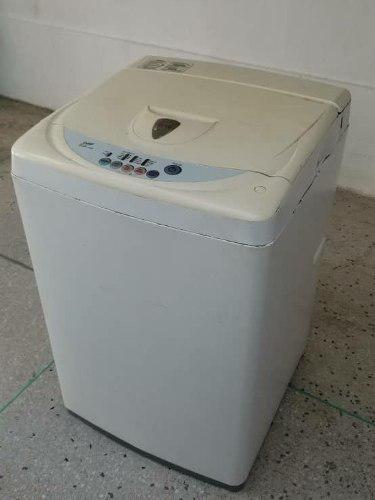 Lavadora semiautomatica marca lg 6 kg (100 usd)